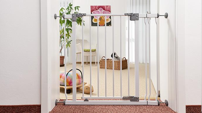 geuther. Black Bedroom Furniture Sets. Home Design Ideas