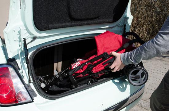 Wir testen in welchem Kofferraum die Buggys passen