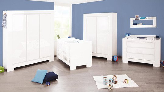 pinolino kinderzimmer sky mit 3 t rigem schrank hochglanz wei. Black Bedroom Furniture Sets. Home Design Ideas