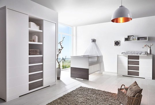 schardt kinderzimmer maxx fleetwood mit 2 t rigem schrank mit mittelregal bett wickelkommode. Black Bedroom Furniture Sets. Home Design Ideas